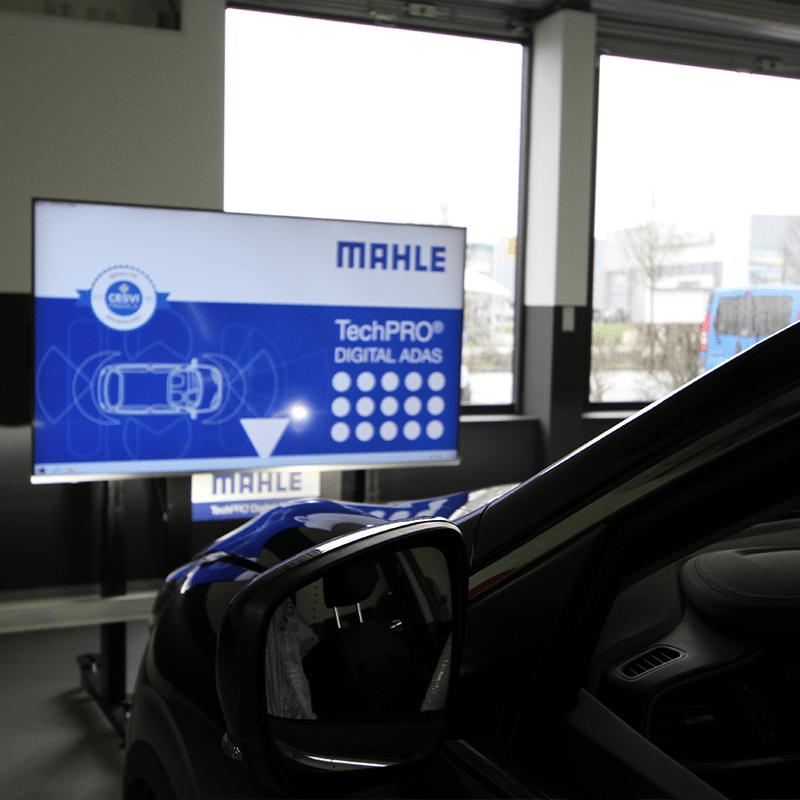 Calibrage caméra ADAS dans un centre 123 Pare-Brise